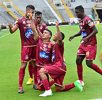 IBAGUE-COLOMBIA,21 -10-2018.Daniel Catano jugador del Deportes Tolima  celebra su gol contra  Leones   durante partido por la fecha 16 de la Liga Águila II 2018 jugado en el estadio Manuel Murillo Toro de la ciudad de Ibagué./Daniel Catano player of Deportes Tolima  celebrates  his goal agaisnt  of Leones during the match for the date 16 of the Aguila League II 2018 played at Manuel Murillo Toro  stadium in Ibague city. Photo: VizzorImage/ Juan Carlos Escobar / Contribuidor