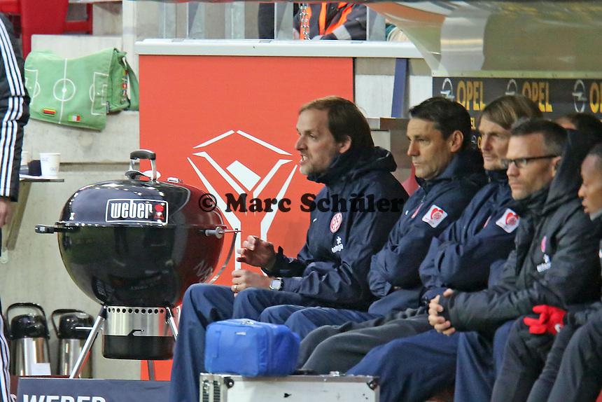 Trainer Thomas Tuchel (Mainz) regt sich auf- 1. FSV Mainz 05 vs. Borussia Dortmund, Coface Arena, 14. Spieltag