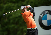 24.05.2015. Wentworth, England. BMW PGA Golf Championship. Final Round.  Peter Uihlein [USA] Tee shot on the 3rd hole during the final round of the 2015 BMW PGA Championship from The West Course Wentworth Golf Club