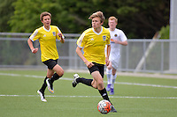 Phoenix&rsquo; Willem Ebbinge in action during the National Youth League - Phoenix Youth v Team Wellington Youth at Petone Memorial Park, Lower Hutt, New Zealand on Saturday 29 October 2016.<br /> Photo by Masanori Udagawa. <br /> www.photowellington.photoshelter.com.