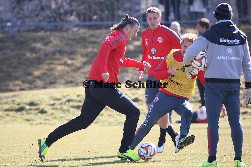 Alex Meier gegen Stefan Aigner - Eintracht Frankfurt Training, Commerzbank Arena