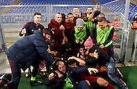 Calcio, Serie A: Lazio vs Roma. Roma, stadio Olimpico, <br /> Roma&rsquo;s players celebrate at the end of the Italian Serie A football match between Lazio and Rome at Rome's Olympic stadium, 4 December 2016. Roma won 2-0.<br /> UPDATE IMAGES PRESS/Riccardo De Luca