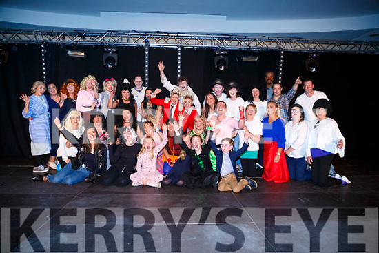 Singers and dancers who took part in the Bon Secour,Tralee SYNC'It for Sudan on Saturday night in Brandon Hotel,Tralee.