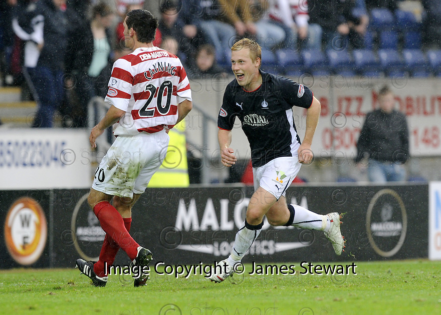 27/09/2008  Copyright Pic: James Stewart.File Name : sct_jspa20_falkirk_v_hamilton.SCOTT ARFIELD CELEBRATES AFTER HE SCORES FALKIRK'S FOURTH GOAL.James Stewart Photo Agency 19 Carronlea Drive, Falkirk. FK2 8DN      Vat Reg No. 607 6932 25.Studio      : +44 (0)1324 611191 .Mobile      : +44 (0)7721 416997.E-mail  :  jim@jspa.co.uk.If you require further information then contact Jim Stewart on any of the numbers above........