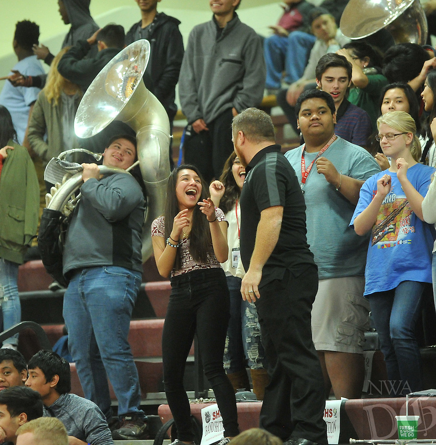 NWA Democrat-Gazette/MICHAEL WOODS &bull; @NWAMICHAELW<br /> Bentonville High School vs Springdale High School February 16, 2016 at Springdale High School.