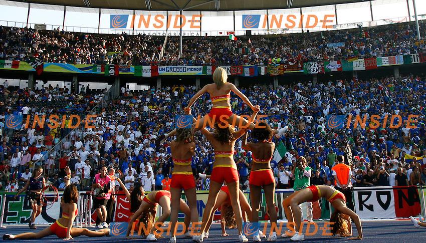 Berlino 9/7/2006 World Cup 2006 - Italia Francia .A dancers performance during world cup closing ceremony..Un Gruppo di ballerine durante la cerimonia di chiusura.Photo Andrea Staccioli Insidefoto