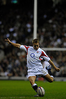 Twickenham, GREAT BRITAIN, Jonny WILKINSON kicking a second half coverstion, during the  England vs Scotland, Calcutta Cup Rugby match played at the  RFU Twickenham Stadium on Sat 03.02.2007  [Photo, Peter Spurrier/Intersport-images]...