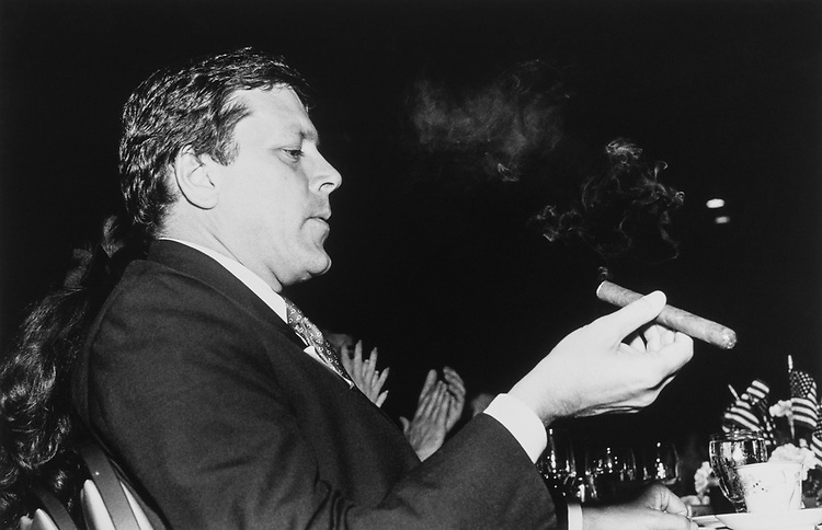 Rep. John S. Tanner, D-Tenn., smokes cigars not cigarettes on Oct. 18, 1989. (Photo by Laura Patterson/CQ Roll Call)