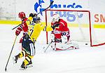 Huddinge 2015-09-20 Ishockey Division 1 Huddinge Hockey - S&ouml;dert&auml;lje SK :  <br /> S&ouml;dert&auml;ljes Jakob Wallin g&ouml;r 4-1 p&aring; en styrning framf&ouml;r m&aring;l under matchen mellan Huddinge Hockey och S&ouml;dert&auml;lje SK <br /> (Foto: Kenta J&ouml;nsson) Nyckelord:  Ishockey Hockey Division 1 Hockeyettan Bj&ouml;rk&auml;ngshallen Huddinge S&ouml;dert&auml;lje SK SSK jubel gl&auml;dje lycka glad happy