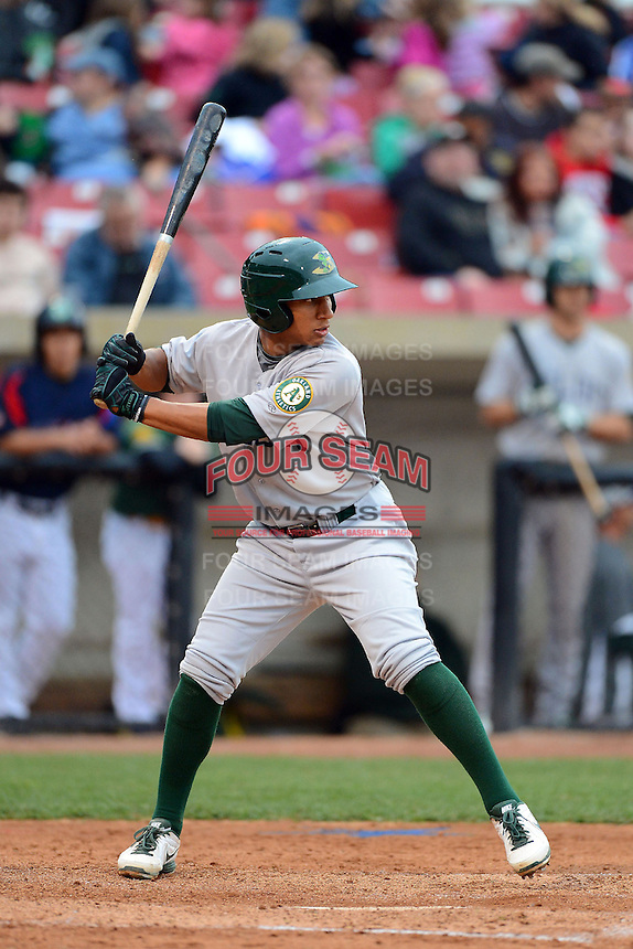 Beloit Snappers second baseman Chris Bostick #20 during a game against the Kane County Cougars on May 26, 2013 at Fifth Third Bank Ballpark in Geneva, Illinois.  Beloit defeated Kane County 6-5.  (Mike Janes/Four Seam Images)