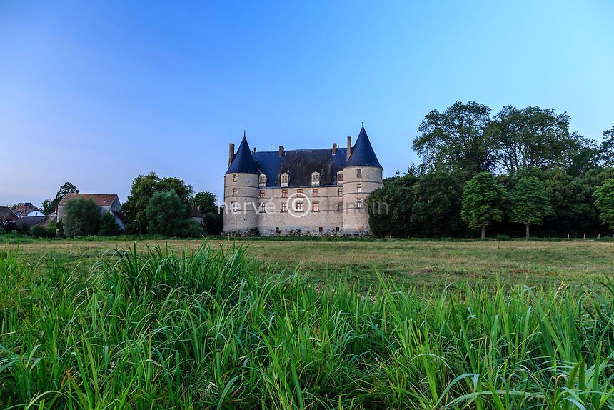 France, Allier (03), Jaligny-sur-Besbre, le château // France, Allier, Jaligny sur Besbre, the castle