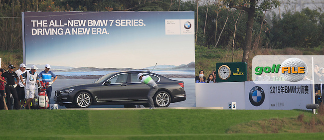 Paul Casey (ENG) on the 17th during the final round of the BMW Masters, Lake Malarian Golf Club, Boshan, Shanghai, China.  15/11/2015.<br /> Picture: Golffile | Fran Caffrey<br /> <br /> <br /> All photo usage must carry mandatory copyright credit (&copy; Golffile | Fran Caffrey)