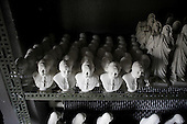 Czestochowa, Poland, April 1, 2011:.The pope John Paul 2 clay heads at the drying cabinet of BAMGIPS company making clay figures of the saints..(Photo by Piotr Malecki / Napo Images)..Czestochowa, 1/04/2011:.Popiersia papieza Jana Pawla I w firmie Bamgips, produkujacej gipsowe figury swietych.Fot: Piotr Malecki / Napo Images