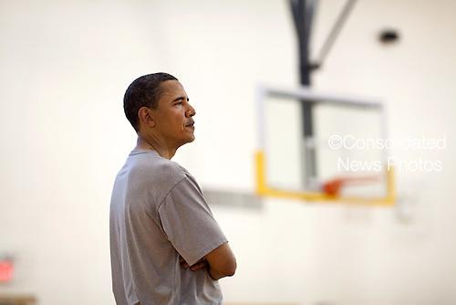 Washington, DC - May 9, 2009 -- United States President Barack Obama plays basketball at Fort McNair in Washington, D.C. on Saturday, May 9, 2009.  .Mandatory Credit: Pete Souza - White House via CNP