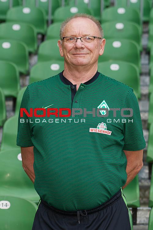 Fu&szlig;ball, GER, /3.Liga, Portr&auml;ttermin 2017/2018,<br /> <br /> Benno Urbainski (Werder Bremen)<br /> <br /> Foto &copy; nordphoto / Kokenge