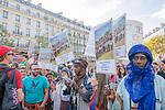 Laurent Paillier - 11/09/2018  -  France / Ile-de-France / Paris  -  En reaction a la demission du ministre de l'environnement Nicolas Hulot un appel a une marche pour le climat a ete lance sur les reseaux sociaux et a recu le soutien des organisations non gouvernementales pour la protection de l'environnement. 50 000 manifestants ont ete comptes pour le defile parisien et plus de 100 000 dans toute la France.Paris le 08/09/2018 / 11/09/2018  -  France / Ile-de-France (region) / Paris  -  In reaction to the resignation of Minister for the Environment Nicolas Hulot a appeal to a walking for the climate was made on the social networks and received the support of non-governmental organizations for the environmental protection. 50 000 demonstrators were counted for the Parisian parade and more than 100 000 in all France.Paris - France - 08 sept 2018