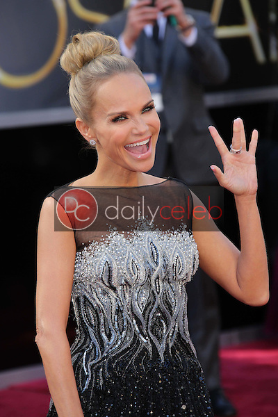 Kristin Chenoweth<br /> at the 85th Annual Academy Awards Arrivals, Dolby Theater, Hollywood, CA 02-24-13<br /> David Edwards/DailyCeleb.com 818-249-4998