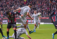 Aleksander Dragovic (Bayer Leverkusen) setzt sich durch - 18.10.2019: Eintracht Frankfurt vs. Bayer 04 Leverkusen, Commerzbank Arena, <br /> DISCLAIMER: DFL regulations prohibit any use of photographs as image sequences and/or quasi-video.