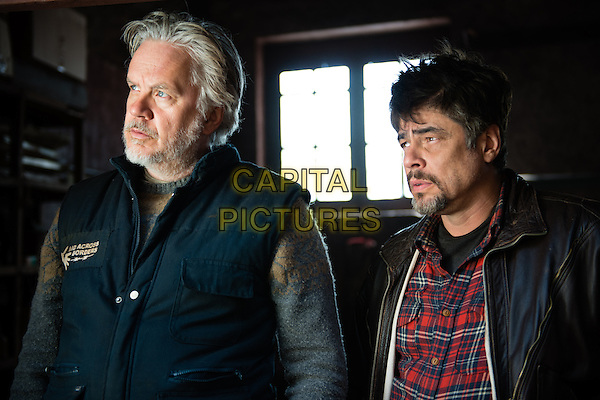 Tim Robbins, Benicio Del Toro<br /> in A Perfect Day (2015) <br /> *Filmstill - Editorial Use Only*<br /> CAP/NFS<br /> Image supplied by Capital Pictures
