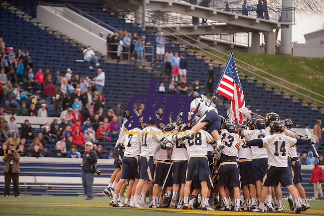 Hopkins men's lacrosse team travelled to Annapolis where they defeated the Navy Midshipmen 6-5 at Navy Marine Corps Stadium on Friday night.