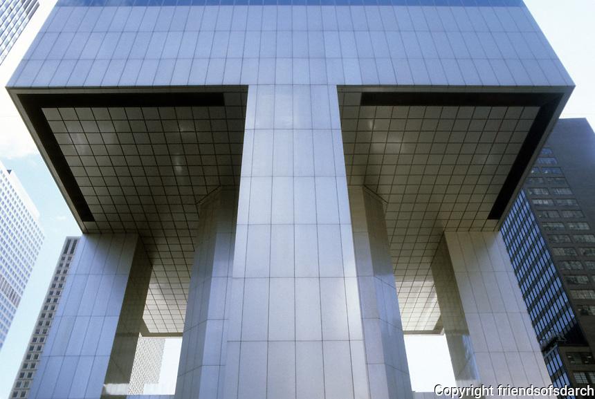 New York: Citicorp Center--Lexington (East) wall.