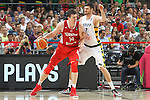 07.09.2014. Barcelona, Spain. 2014 FIBA Basketball World Cup, round of 8. Picture show Ö. Asik and D. Lavrinovic in action during game between Lithuania v Turkey at Palau St. Jordi.