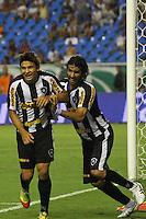 RIO DE JANEIRO, RJ, 23 DE FEVEREIRO 2012 - CAMPEONATO CARIOCA - SEMIFINAL - TAÇA GUANABARA - BOTAFOGO X FLUMINENSE - Elkeson, jogador do Botafogo, comemora o seu gol com Loco Abreu, durante partida contra o Fluminense, pela semifinal da Taça Guanabara, no estádio Engenhão, na cidade do Rio de Janeiro, nesta quinta-feira, 23. FOTO: BRUNO TURANO – BRAZIL PHOTO PRESS