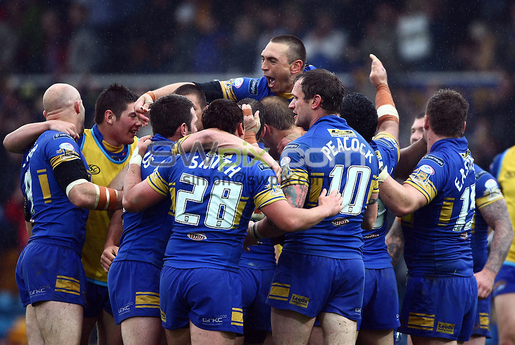PICTURE BY VAUGHN RIDLEY/SWPIX.COM - Rugby League - Challenge Cup - Leeds v Wigan - Headingley, Leeds, England - 29/05/10...Copyright - Simon Wilkinson - 07811267706...Leeds celebrate victory at the final whistle.