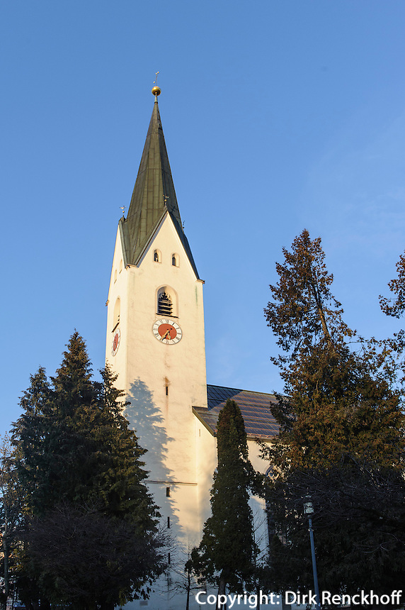 Katholische Kirche St.Johannes Baptist  in Oberstdorf im Allg&auml;u, Bayern, Deutschland<br /> Catholic church St. Johann Baptist   in Oberstdorf, Allg&auml;u, Bavaria,  Germany