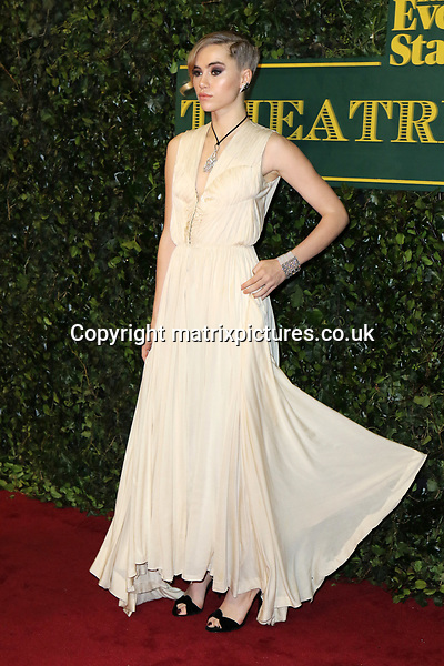NON EXCLUSIVE PICTURE: MATRIXPICTURES.CO.UK<br /> PLEASE CREDIT ALL USES<br /> <br /> WORLD RIGHTS<br /> <br /> Suki Waterhouse attends the Evening Standard Theatre Awards 2017 at Theatre Royal, Drury Lane in London. <br /> <br /> DECEMBER 3rd 2017<br /> <br /> REF: MES 172784