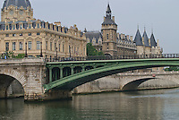 Seine River, Paris.  Shot of the river with the Pont de Notre Dame and the Pont au Change.  The Cour d'Appel de Paris (Appellate Court) and the Orangerie.