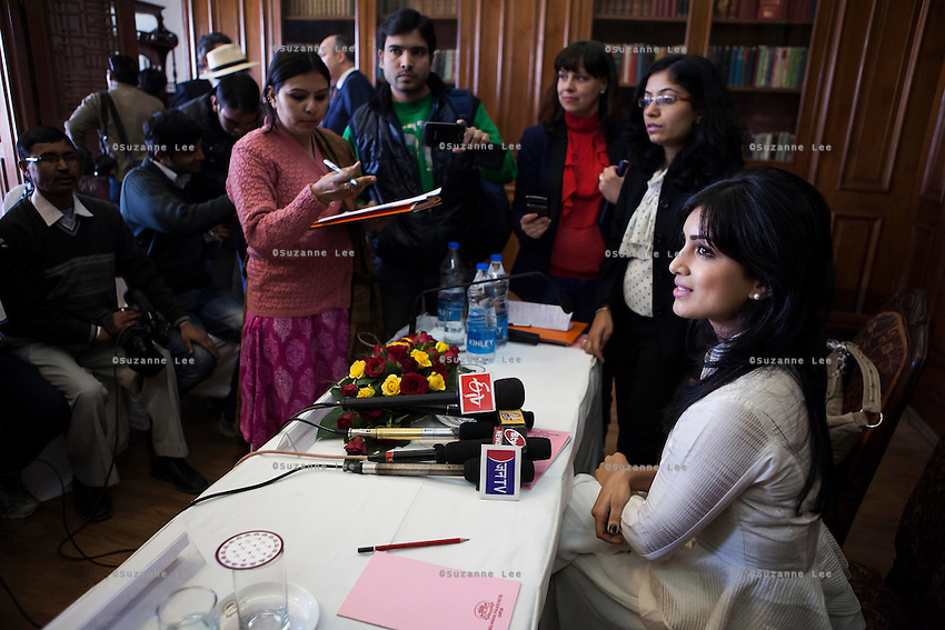 Pallavi Sharda (OzFest ambassador) (extreme right) fields questions by the media after a press conference on Oz Fest in Raj Mahal Palace hotel, Jaipur, India on 10th January 2013. Photo by Suzanne Lee/DFAT
