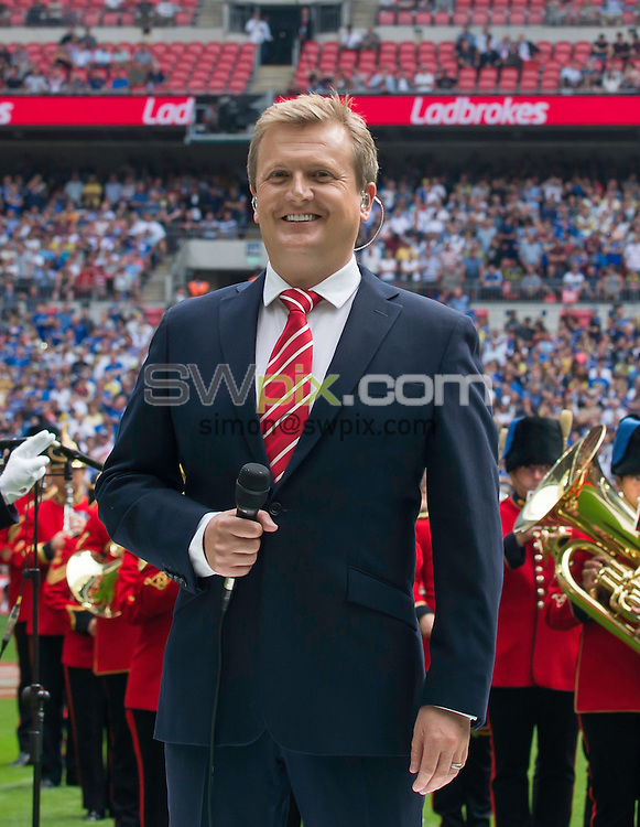 Picture by Allan McKenzie/SWpix.com - 27/08/2016 - Rugby League - Ladbrokes Challenge Cup Final - Hull FC v Warrington Wolves - Wembley Stadium, London, England - Aled Jones after singing the National Anthem at the Ladbrokes Challenge Cup Final.