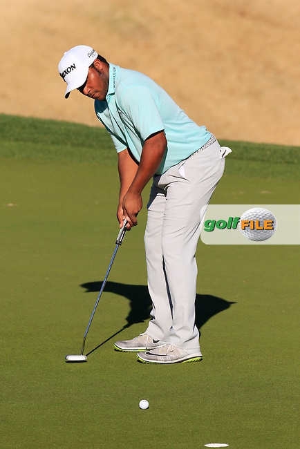 Harold Varner III (USA) takes his putt on 16th green during Saturday's Round 3 of the 2017 CareerBuilder Challenge held at PGA West, La Quinta, Palm Springs, California, USA.<br /> 21st January 2017.<br /> Picture: Eoin Clarke | Golffile<br /> <br /> <br /> All photos usage must carry mandatory copyright credit (&copy; Golffile | Eoin Clarke)