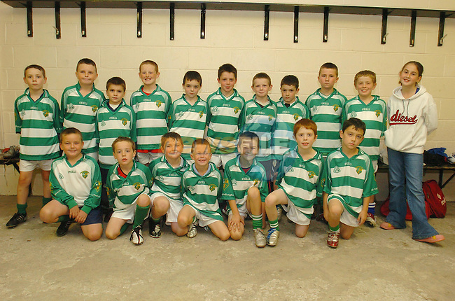 O'raghallaighs Junior Team.Photo Fran Caffrey Newsfile.ie..This Picture has been sent to you by Newsfile Ltd..The Studio,.Millmount Abbey,.Drogheda,.Co. Meath,.Ireland..Tel: +353(0)41-9871240.Fax: +353(0)41-9871260.ISDN: +353(0)41-9871010.www.newsfile.ie..general email: pictures@newsfile.ie