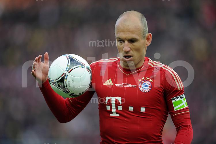 FUSSBALL      DFB POKAL FINALE       SAISON 2011/2012 Borussia Dortmund - FC Bayern Muenchen   12.05.2012 Arjen Robben (FC Bayern Muenchen) entteuscht