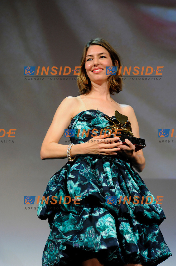 "- ""67 Mostra Internazionale D'Arte Cinematografica"". Saturday,2010 September 11, Venice ITALY....- In The Picture: The film director Sophia Coppola, Golden Lion for Best Film, at the Awards of the 67th Venice Film Festival. ......Photo STEFANO MICOZZI"