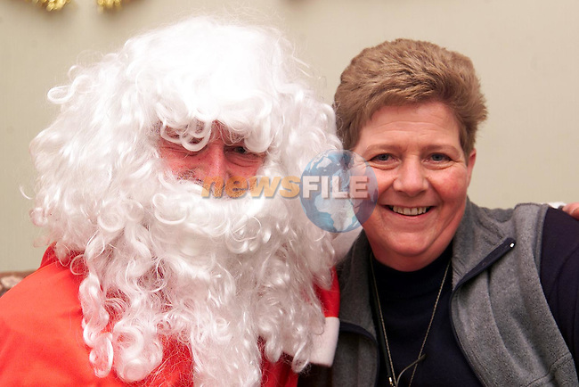 Ann Woods from Julianstown with Santa at the Christmas Fair in the Julianstown Community Centre..Picture: Paul Mohan/Newsfile