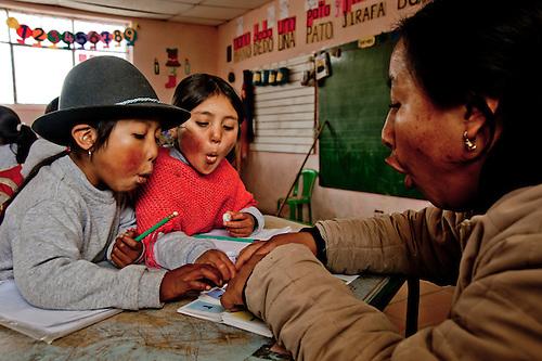 An innovative university program trains teachers to teach bilingual skills to indigenous children in Ecuador.