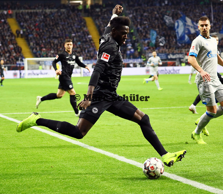 Danny da Costa (Eintracht Frankfurt) - 11.11.2018: Eintracht Frankfurt vs. FC Schalke 04, Commerzbank Arena, DISCLAIMER: DFL regulations prohibit any use of photographs as image sequences and/or quasi-video.