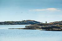 Låga skär vid Kallskär i ytterskärgården i Stockholms skärgård. / Low skerries in the outer archipelago in Stockholm Sweden.