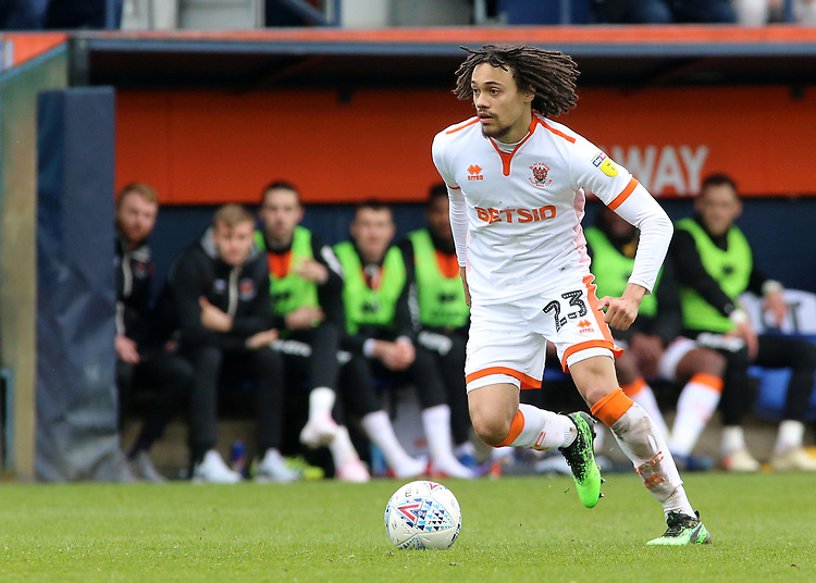 Blackpool's Nya Kirby in action<br /> <br /> Photographer David Shipman/CameraSport<br /> <br /> The EFL Sky Bet League One - Luton Town v Blackpool - Saturday 6th April 2019 - Kenilworth Road - Luton<br /> <br /> World Copyright © 2019 CameraSport. All rights reserved. 43 Linden Ave. Countesthorpe. Leicester. England. LE8 5PG - Tel: +44 (0) 116 277 4147 - admin@camerasport.com - www.camerasport.com