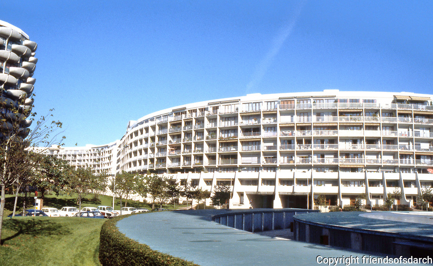Paris: Creteil--cylindrical and serpentine apartments.