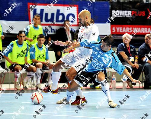 2011-10-08 / Futsal / seizoen 2011-2012 / Supercup: Antwerpen - Chatelineau / Ahmed Sababti (Antwerpen) met Carello Aleixo..Foto: Mpics
