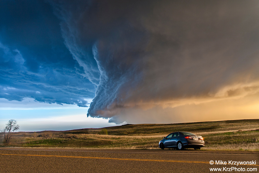 """Mothership"" supercell thunderstorm in Montana, May 18, 2014"