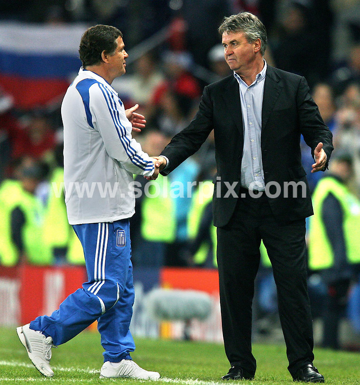 **ALL ROUND PICTURES FROM SOLARPIX.COM**.**SYNDICATION RIGHTS FOR UK AND SPAIN ONLY**.Euro 2008, European Championship 2008, Group C, Match 14, Greece vs Russia, Wals-Siezenheim Stadium, Salzburg, Austria. 14 June 2008. The match ended 1-0 for Russia..This pic: Otto Rehhagel and Guus Hiddink..JOB REF: 6648 CPR/Ronny Hartmann    .DATE: 14_06_2008.**MUST CREDIT SOLARPIX.COM OR DOUBLE FEE WILL BE CHARGED* *UNDER NO CIRCUMSTANCES IS THIS IMAGE TO BE REPRODUCED FOR ANY ONLINE EDITION WITHOUT PRIOR PERMISSION*