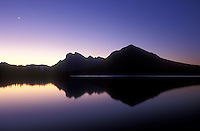 Canada, Alberta, Banff National Park, Mount Rundle at dawn from Vermilion Lakes
