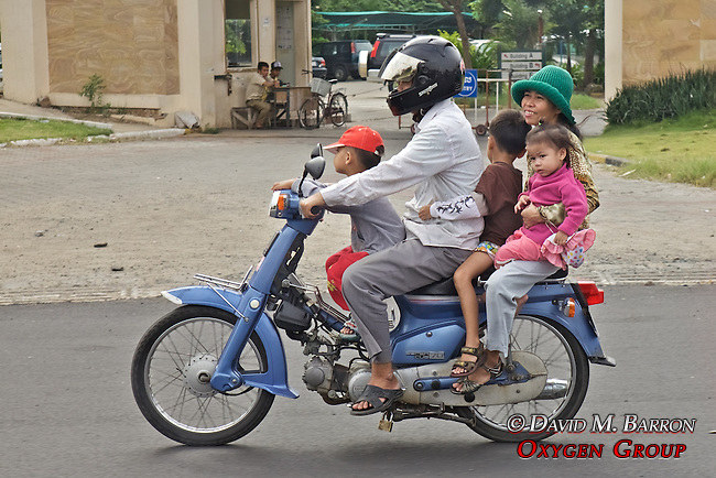 Family of 5 on Motor Bike