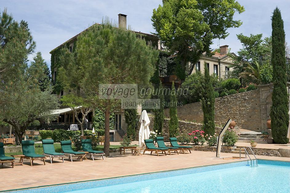 Europe/France/Languedoc-Rousillon/Aude/Carcassonne: Domaine d'Auriac Hotel-Restaurant l'hotel son parc et sa piscine