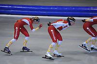 SCHAATSEN: HEERENVEEN: Thialf, 25-06-2012, Zomerijs, Team Corendon, Annouk van der Weijden, Marije Joling, ©foto Martin de Jong